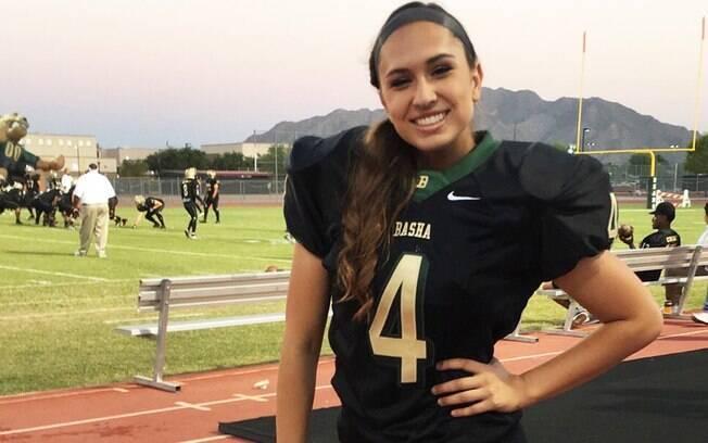 Becca Longo pode ser a primeira mulher a jogar na NFL