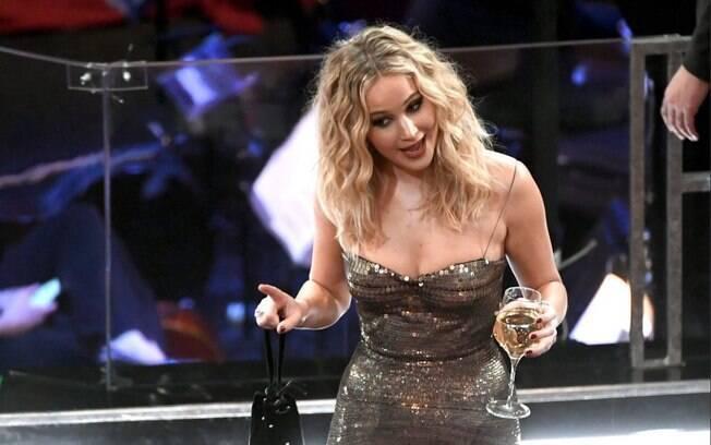 Jennifer Lawrence mais uma vez protagoniza os memes na cerimônia do Oscar 2018