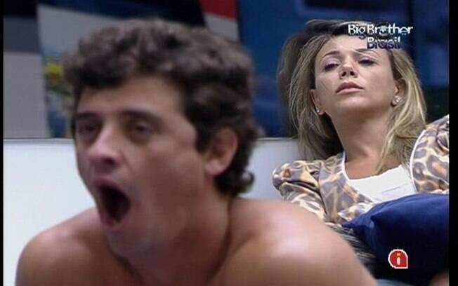 Fael e Fabiana despertam