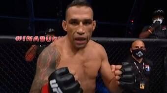 Werdum reverte resultado de luta contra Renan 'Problema'