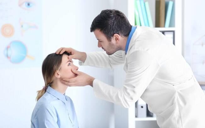 Alguns sinais indicam que chegou a hora de procurar um oftalmologista; saiba quais são e cuida da saúde ocular