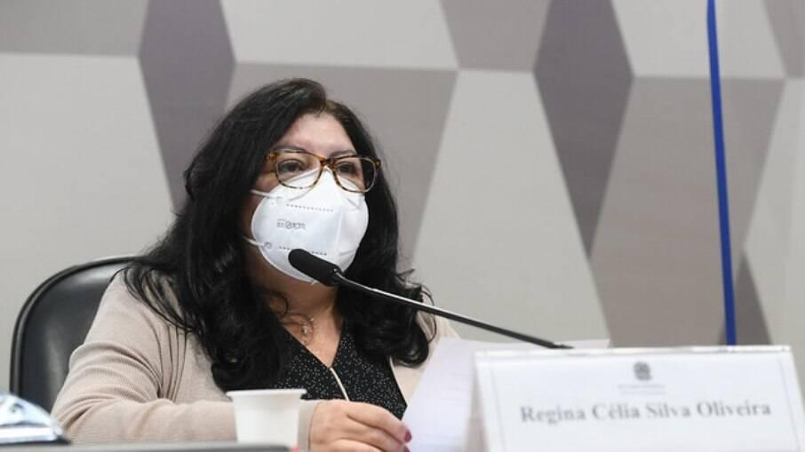 Regina Célia na CPI da Covid