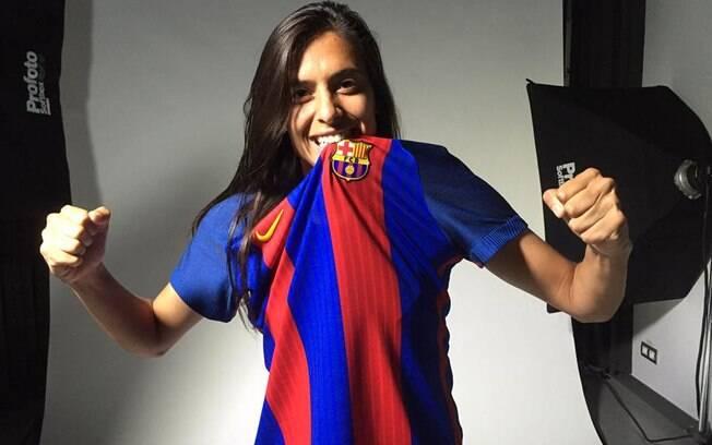 Andressa Alves é uma das estrelas do futebol feminino brasileiro. Ela joga no Barcelona