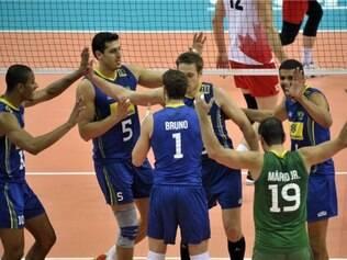 Brasil contou com a força de seu bloqueio e ataque para vencer o Canadá