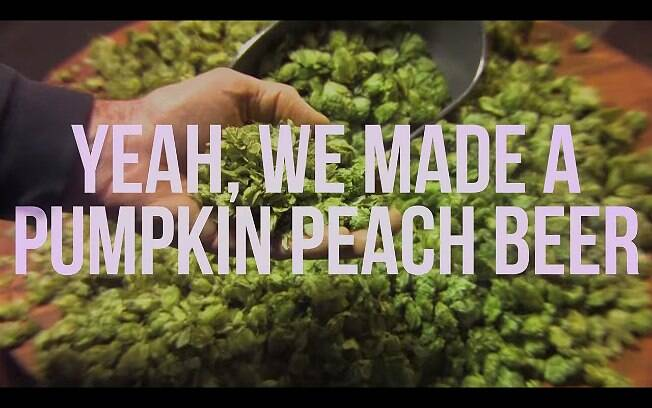 Vídeo da Abita Brewing é uma paródia do comercial da Budweiser, veiculado durante o Super Bowl
