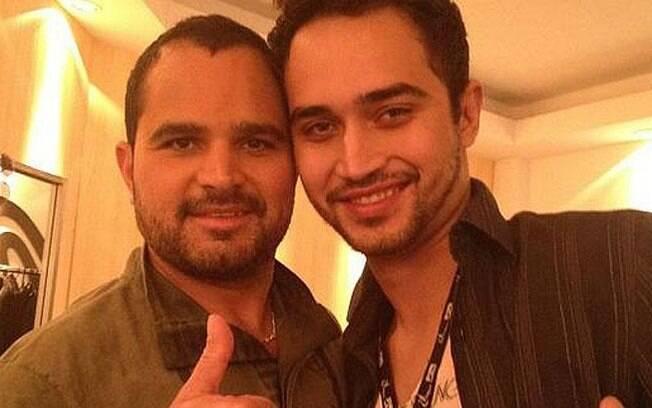 cantor Luciano e seu filho, Wesley