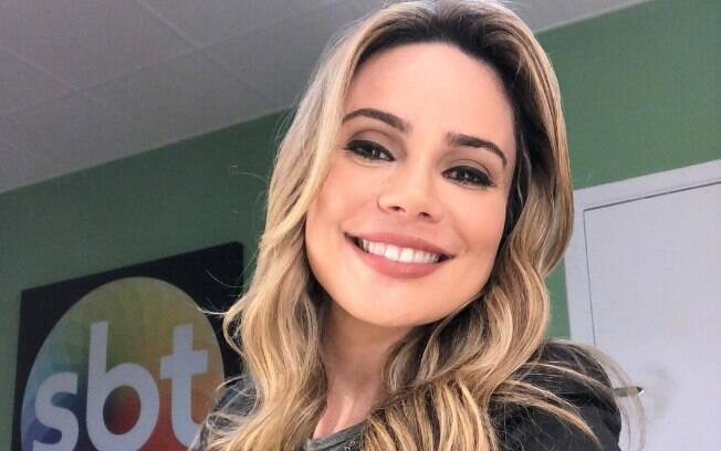 Rachel Sheherazade tranquiliza fãs na internet