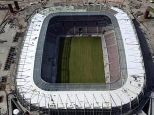 O primeiro evento do novo estádio será uma partida entre times de operários que participaram da construção, no dia 14 de maio