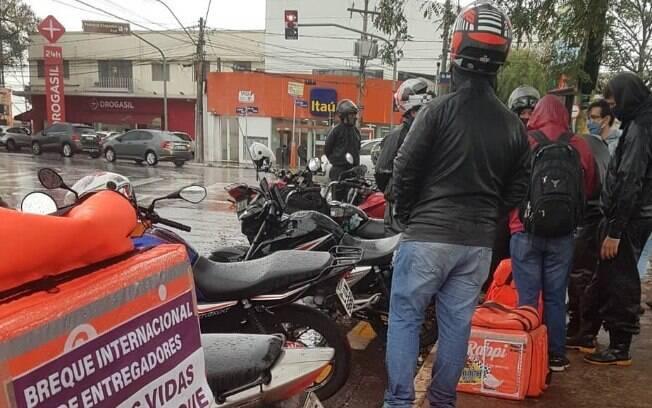 Entregadores durante protesto por melhores condições de trabalho realizado em julho de 2019.ho