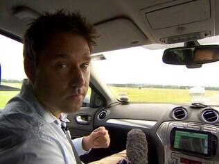 O repórter da BBC Jon Ironmonger foi convidado para restar um protótipo de um carro que não precisa de motorista