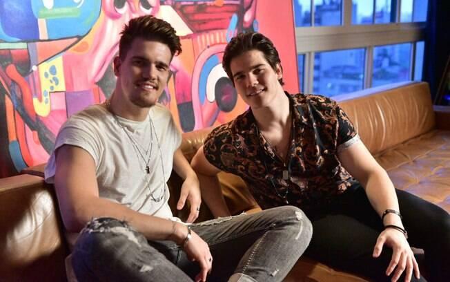 Breno e Caio Cesar gravam clipe da nova música