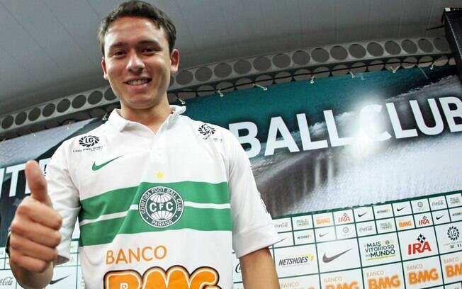 Pelo Coritiba, Keirrison foi artilheiro do Brasileiro de 2008 com 21 gols, ao lado de Kleber Pereira e Washington