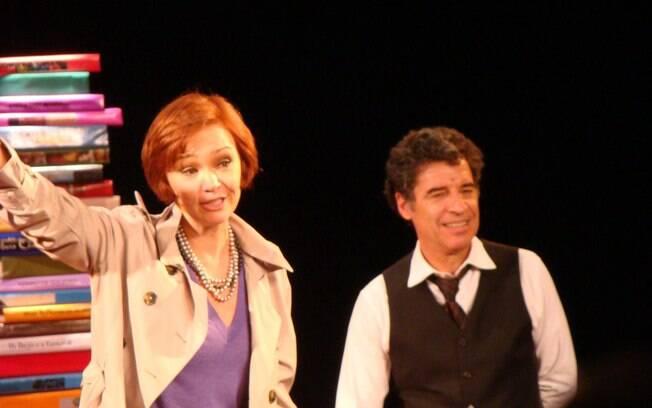 Júlia Lemmertz e Paulo Betti encenam espetáculo