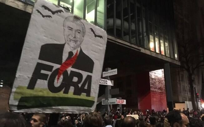 Protesto contra Temer reúne cerca de 1000 pessoas em São Paulo