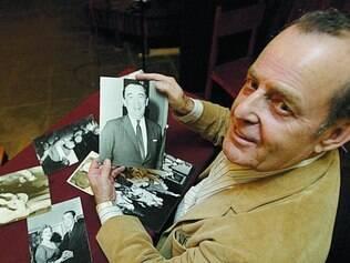 Políticos. José Goés mantinha um acervo de fotografias de importantes políticos brasileiros, como JK e Tancredo Neves