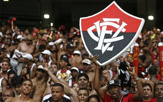 Torcida do Vitória fez a festa para a goleada sobre o maior rival