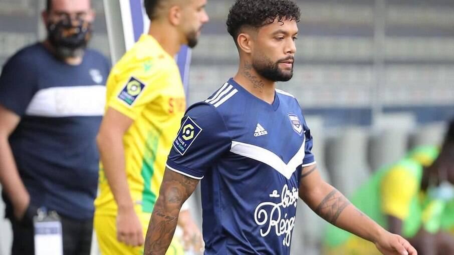 Otávio é um dos principais volantes da Ligue 1