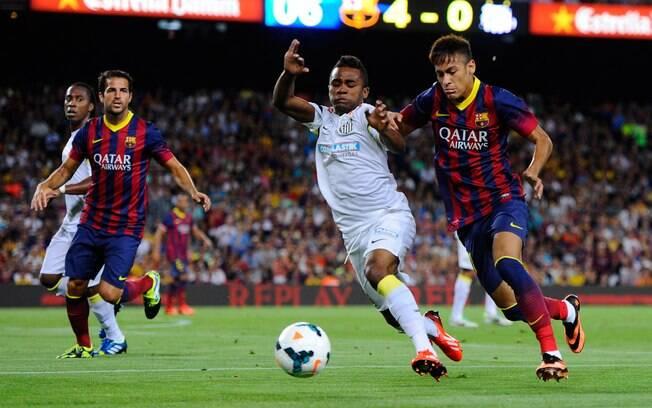 Neymar encarou o Santos em amistoso na  sexta-feira, dia 2/08, no Camp Nou