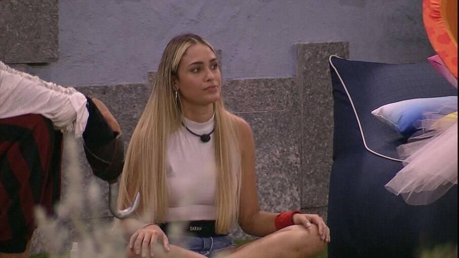 Sarah defendeu Lucas e Juliette no BBB 21