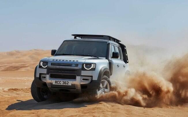 Land Rover Defender é um dos carros mais emblemáticos da marca britânica