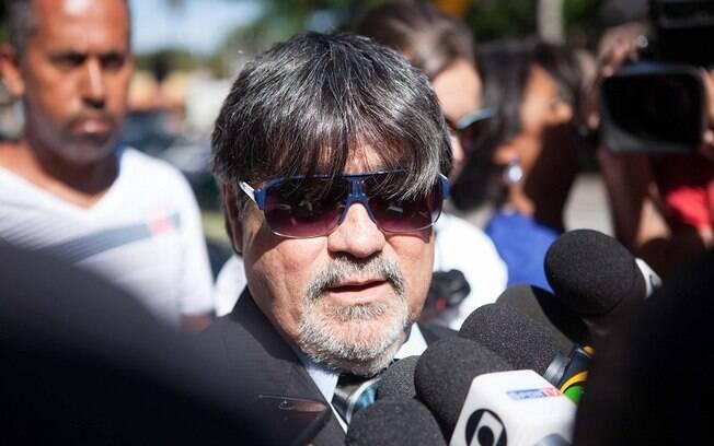 Advogado de Bruno, Lucio Adolfo chega Fórum de Contagem (MG) para o julgamento do caso Bruno
