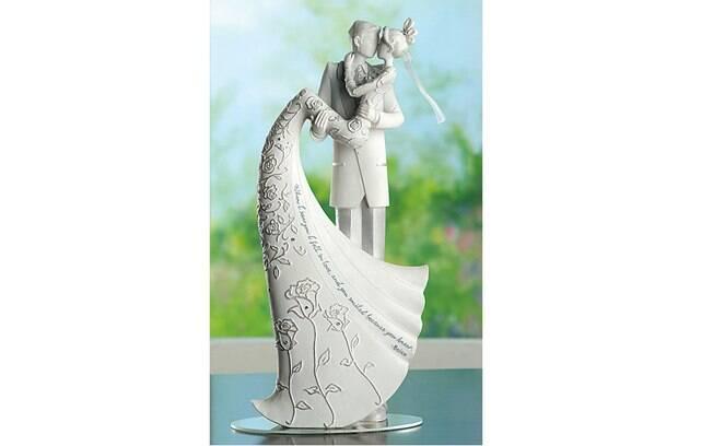 Para as sonhadoras, um topo de bolo muito romântico, feito de resina com acabamento de alta qualidade, The Cake Top