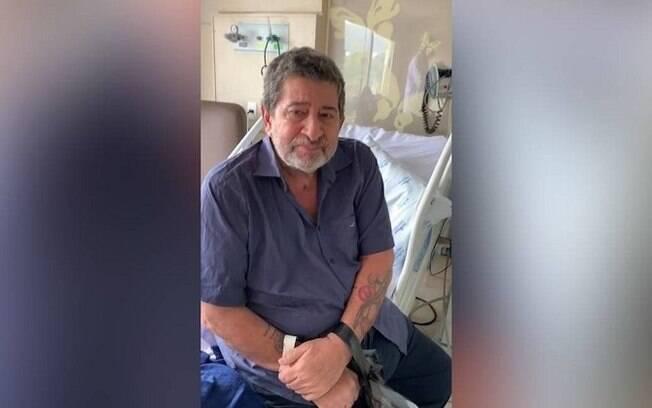O ex-vereador e médico Édison Regio de Moraes deixa o hospital após 35 dias de internação