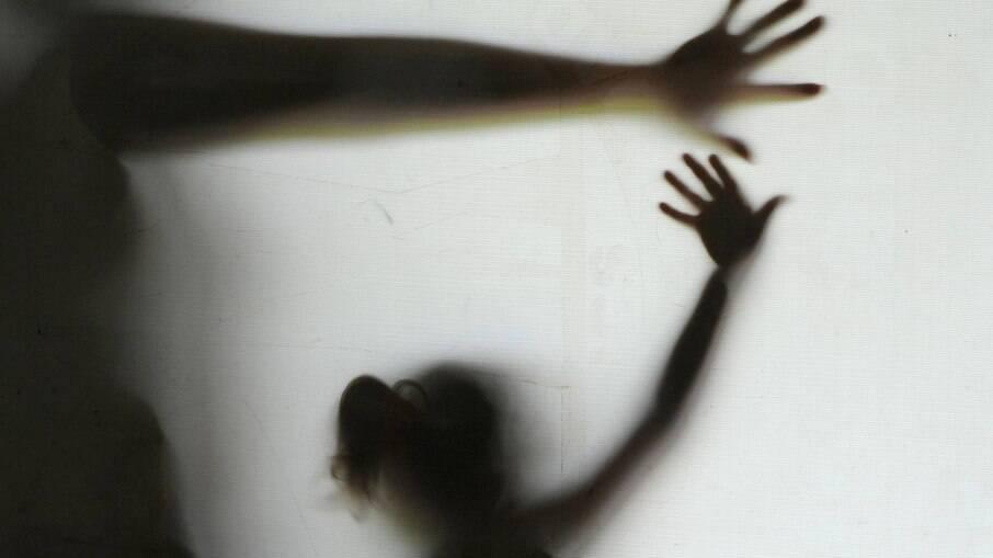 Homem é preso em flagrante ao tentar abusar sexualmente de menina de 8 anos