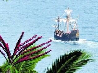 Réplica da caravela Santa Maria faz viagem na ilha da Madeira, em resort português