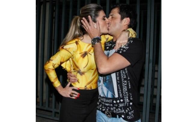 Mirella Santos fez declaração de amor para comemorar o aniversário de 41 anos do marido