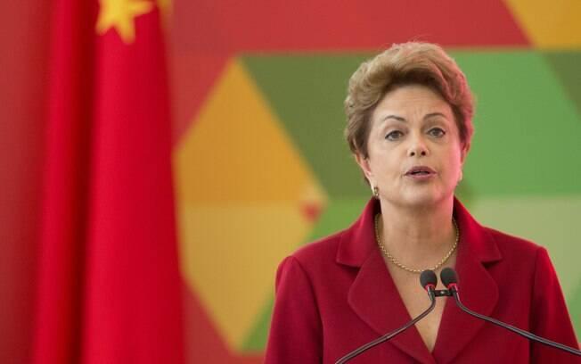 Dilma Rousseff e Aldemir Bendine, presidente da Petrobras 919/05/2015)