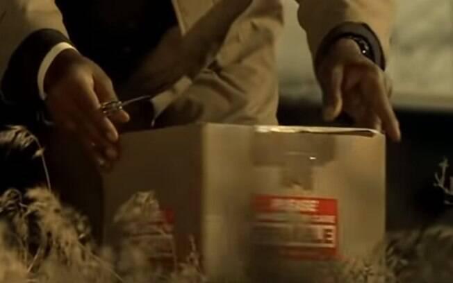 Carmen M. está sendo investigada após amiga denunciar caixa que ela estava guardando uma cabeça humana em decomposição.