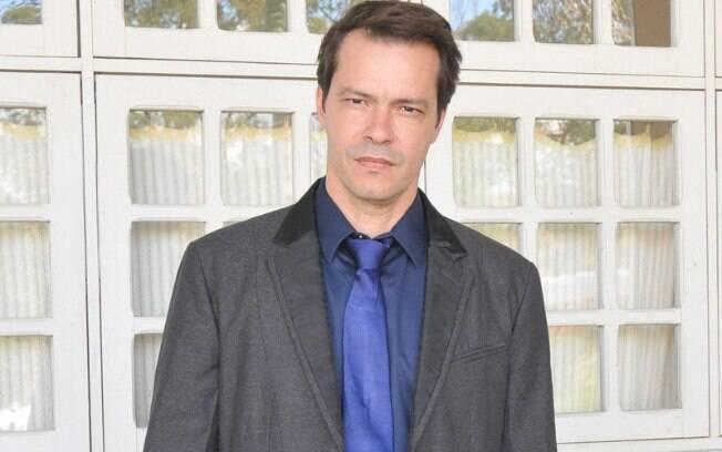 Heitor Martinez está internado com Covid-19