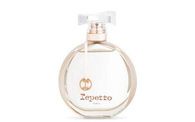 Repetto Eau de Parfum, da Repetto, dá destaque as notas de ameixa e flor de cerejeira l R$ 359 (80ml)