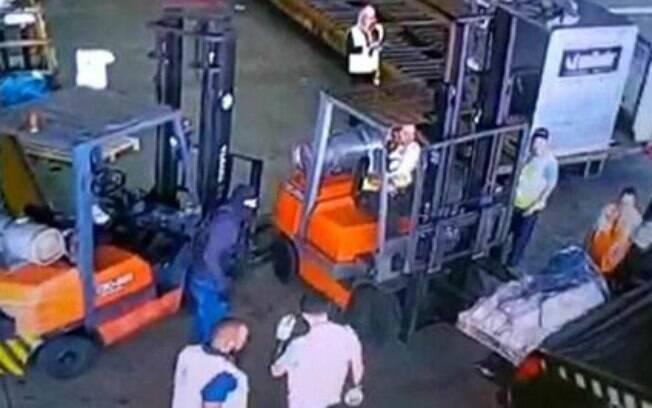 Quadrilha roubou ouro e esmeraldas no terminal de cargas do Aeroporto de Guarulhos no dia 25 de julho