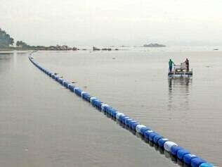 Ecobarreiras e ecobarcos serão utilizados para conter lixo e evitar que atletas sejam contaminados pela poluição das águas