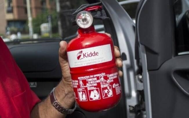 Para Moses Rodrigues (PDMB-CE), não há motivo para o Contran deixar os extintores ABC como facultativos nos carros de passeio