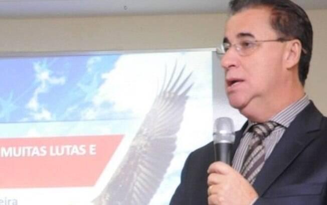 Fabiano Cazeca (PROS) fez doação para candidato concorrente