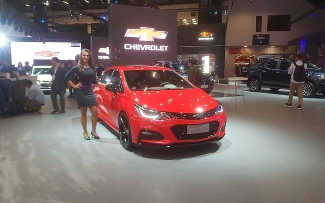 Chevrolet Cruze SS, com motor de 300 cv, também está entre as atrações da GM no Salão do Automóvel 2018