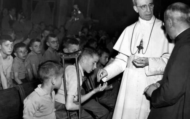 Atuação do papa Pio XII durante a Segunda Guerra Mundial sempre gerou controvérsia