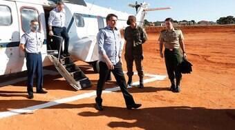 """Bolsonaro sugere uso de """"forças de segurança"""" em atos"""