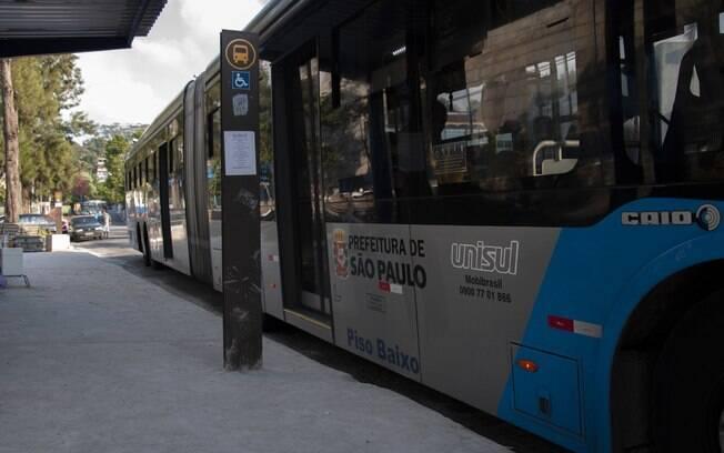 Devido a greve dos caminhoneiros, linhas como a 6000-10 (Term. Parelheiros - Term. Santo Amaro) tiveram seus horários e número de veículos alterados.