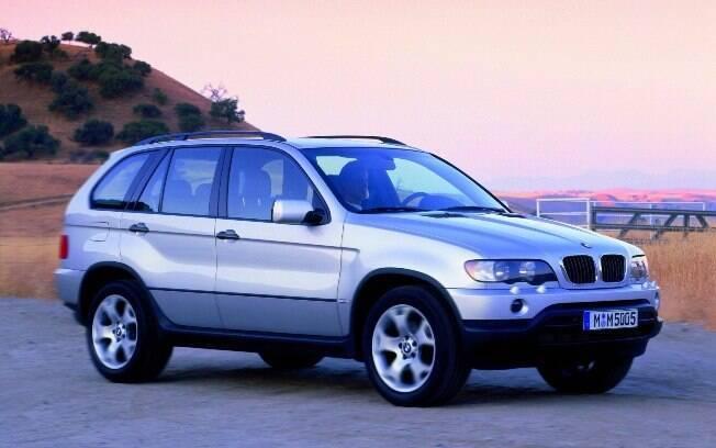 BMW X5: primeira geração do SUV de luxo começou a desembarcar no mercado brasileiro no primeiro semestre de 2000