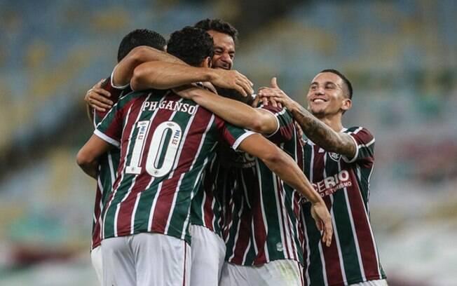 Fluminense vence Vasco por 2 a 1