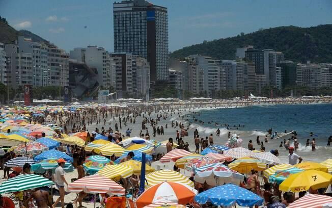 Justiça veta área vip em praias do Rio