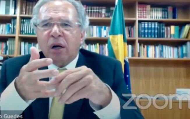 Governo tenta encontrar espaço no Orçamento para lançar novo programa social, o Renda Brasil, com transição pelo Renda Cidadã