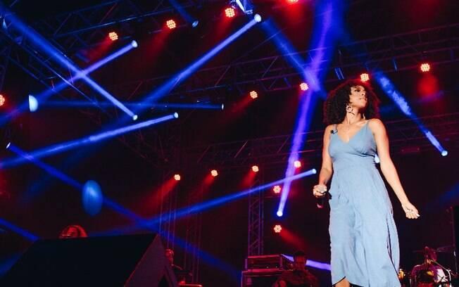 Negra Li fala sobre o estilo que realmente quis seguir e seu novo trabalho, o álbum