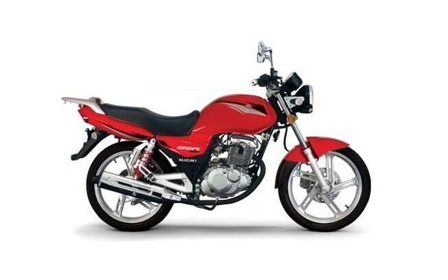 Suzuki GSR 150i é concorrente com a Honda CG e se diferencia pelo visual mais descolado