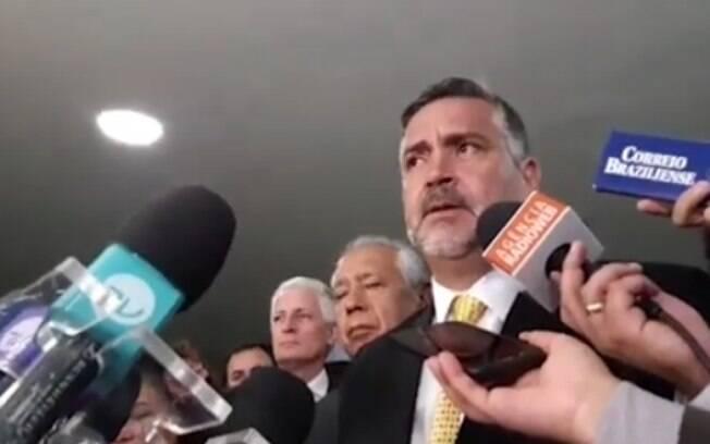 José Kinn Franco falou sobre a situação da Bolívia na Câmara dos Deputados