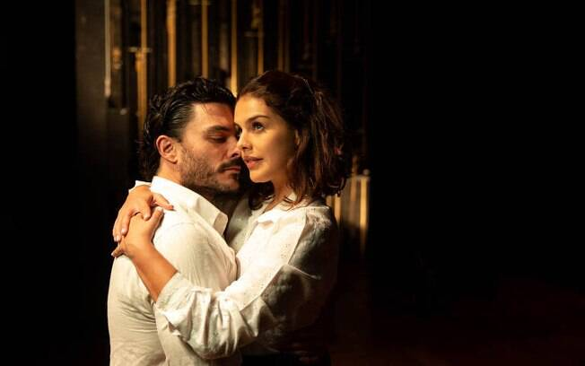 Paloma Bernardi é destaque em peça clássica